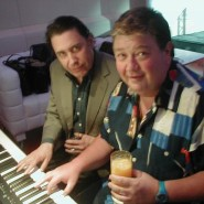 JONO_AND_JOOLS_HOLLAND